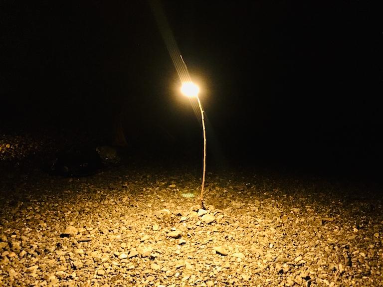 ルーメナーランタンを野外で使用している様子