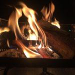 卓上で焚火ができる!|ユニフレーム(UNIFLAME) ダッチスタンドが熱い