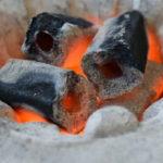 【炭を極める】|バーベキューの炭の種類と選び方について