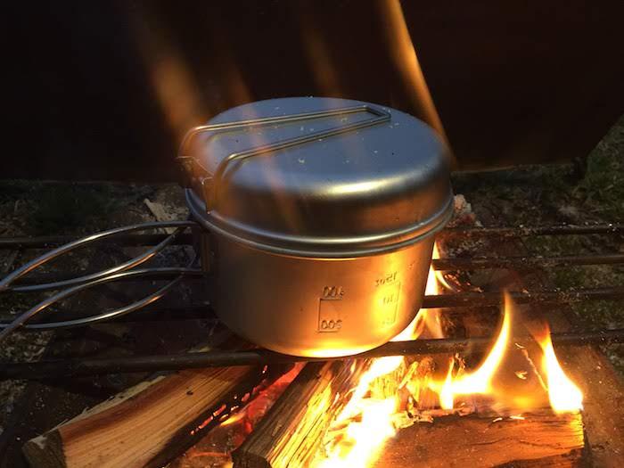 焚き火 炊飯